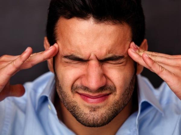 Раздражительность и головные боли могут быть симптомами лямблиоза