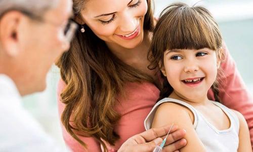 Прививка для профилактики полиомиелита