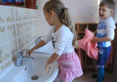 С детства приучайте ребятишек к гигиене