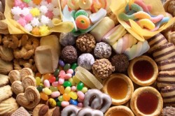 Вред сладкого при молочнице