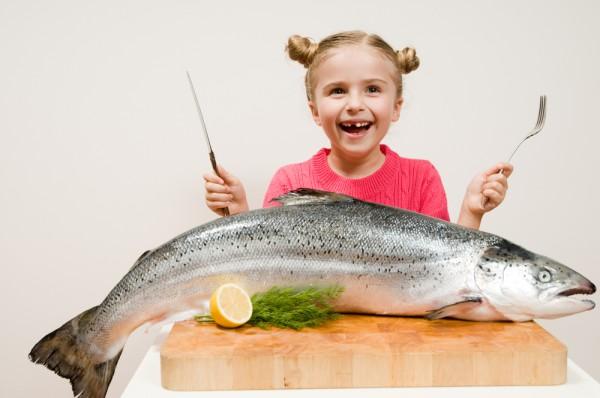 В профилактических мерах следует ограничить ребенку прием рыбы