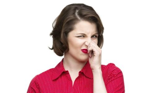 Проблема кислого запаха у выделений