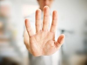 Тремор рук - симптом запоя
