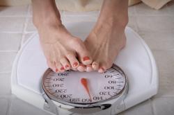 Недостаточная масса тела - причина скудных месячных