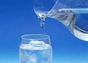 Можно ли пить гипертоникам много воды – 2 или 3 литра?